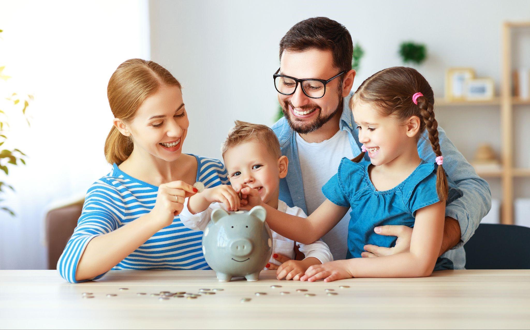 Parents teaching children about finances