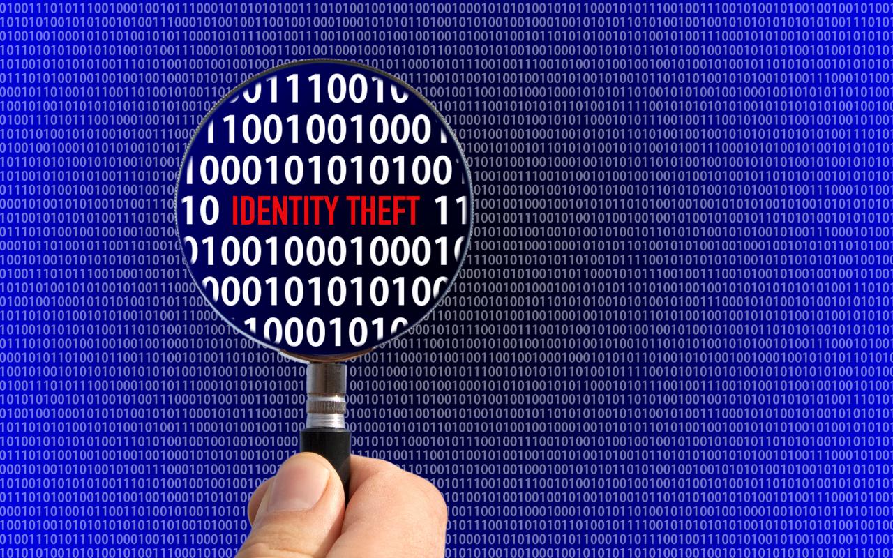 Identifying identity theft